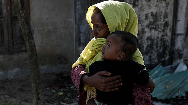 مادر و فرزندی از اقلیت مسلمان روهینگیا