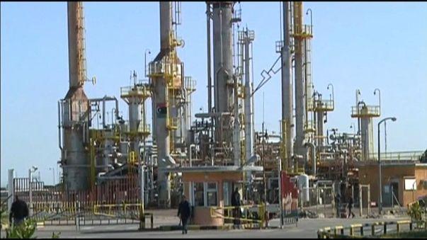 Libia: attaccato terminale petrolifero