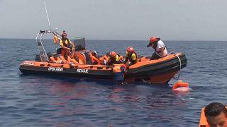 إنقاذ 255 شخصا في البحر الأبيض المتوسط