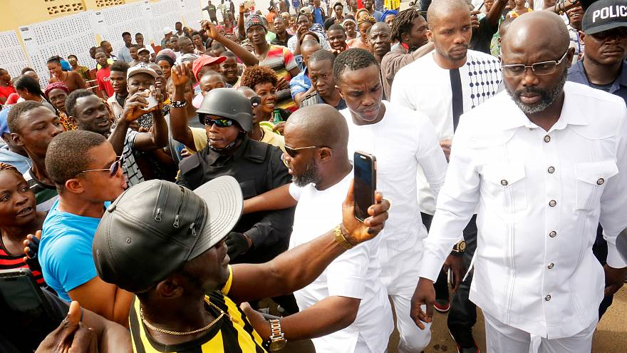 Weah vs Boakai : qui va gagner au Liberia?