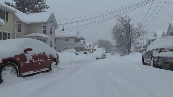 USA: Schneesturm legt Kleinstadt lahm