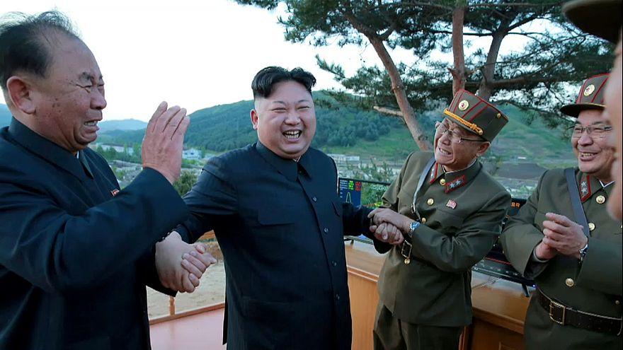 ABD'den Kuzey Koreli iki yetkiliye yaptırım