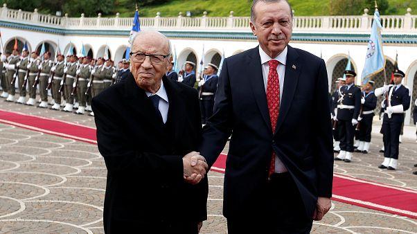 إردوغان يصف الأسد بالإرهابي ويعين قنصلا عاما تركيا مقام السفير في القدس