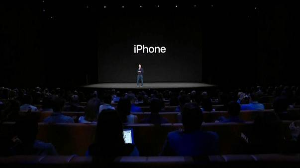 Apple тормозила старые смартфоны