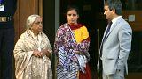 مسئولان زندان پاکستان کفشهای همسر 'جاسوس هندی' را پس ندادند