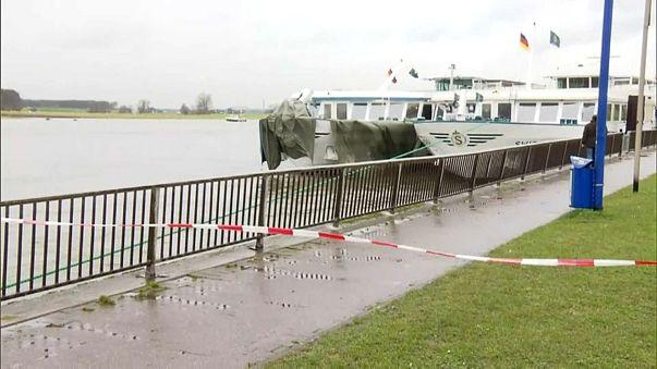 Acidente com barco turístico na Alemanha faz 25 feridos