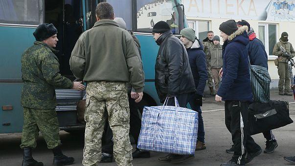 Ukrayna'da hükümet ile ayrılıkçılar arasında esir takası