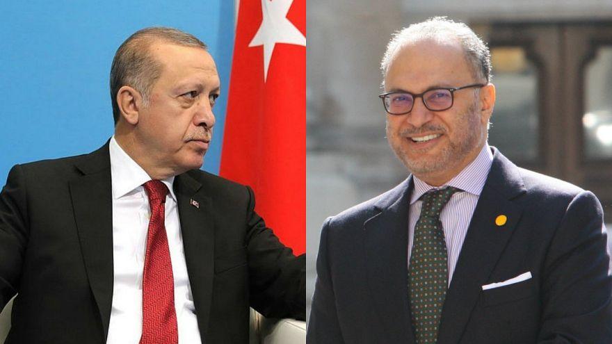 انور قرقاش: ترکیه و ایران جهان عرب را رهبری نخواهند کرد