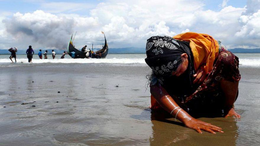 Persecuted Rohingya Muslims flee violence in Myanmar