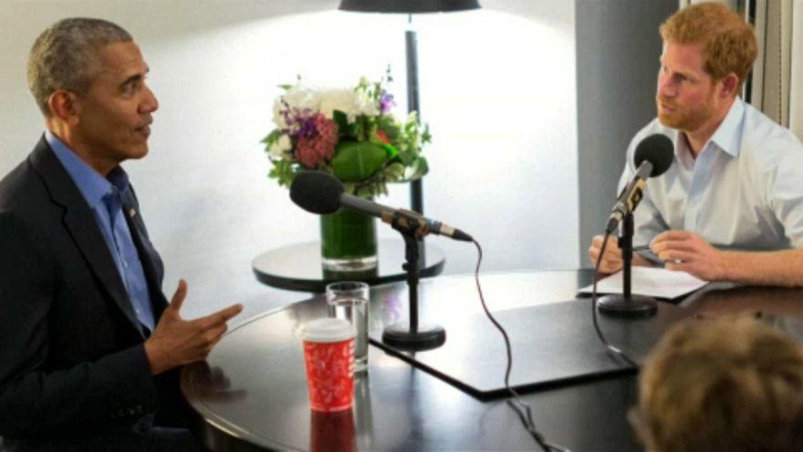 Obama az internet veszélyeiről beszélgetett Harry herceggel