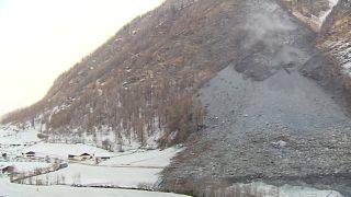 Nach Felssturz in Österreich: Berg rumort weiter