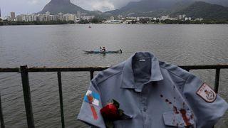 Protesto assinala morte de polícias no Rio de Janeiro