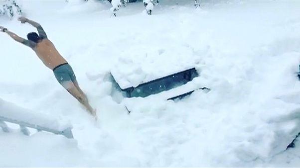 50 gradi sotto zero in Canada, un metro e mezzo di neve negli Usa