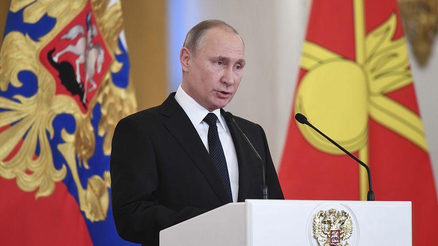"""L'attaque de Saint-Pétersbourg """"terroriste"""", selon Vladimir Poutine"""