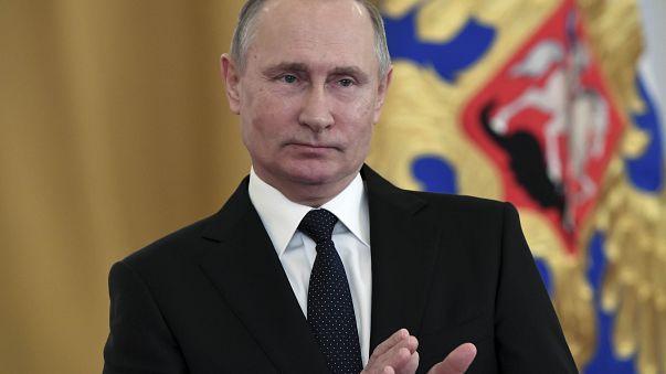 Bombenexplosion in St. Petersburg: Putin spricht von Terror