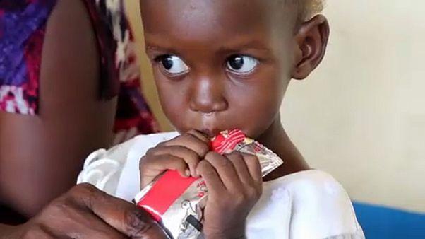 """Ataques a crianças em zonas de conflito atingem níveis """"chocantes"""""""