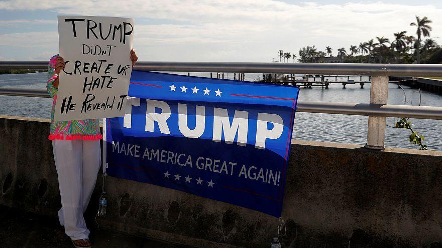 Eine Anhängerin begrüßt die Präsidentenfamilie in Florida.