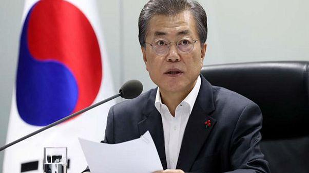 """رئيس كوريا الجنوبية: اتفاق """"نساء المتعة"""" مع اليابان يشوبه قصور"""