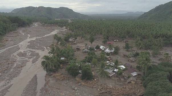 Philippines picks up pieces after deadly storm