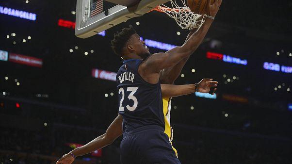 Jimmy Butler impõe Timberwolves na NBA