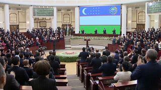 Cumhurbaşkanının emriyle bakanlıktan 562 kişi kovuldu