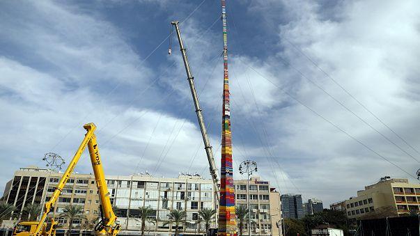 Tel Aviv: 36 Meter hoher Lego-Turm für verstorbenen Jungen