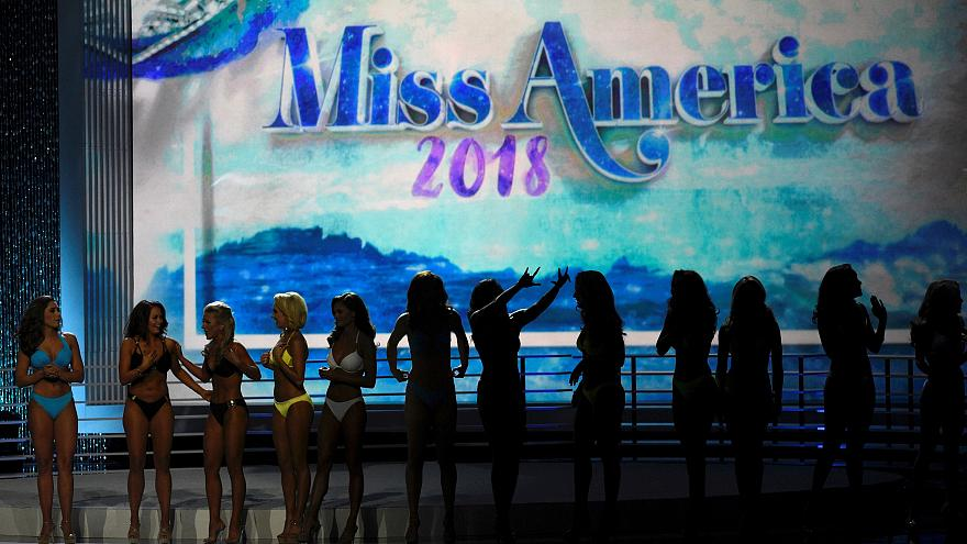 Πρώην εστεμμένες καλούνται να σώσουν τα καλλιστεία «Μις Αμερική»