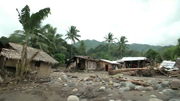 """Filippine: i danni del tifone """"Tembin"""""""