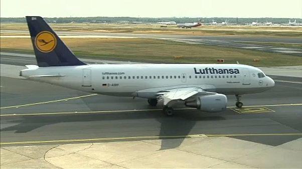 Vizsgálják a Lufthansa jegyárait