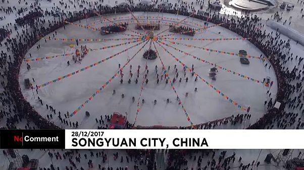 Venda de peixe em festival chinês bate recorde de vendas