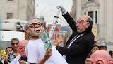 """Перуанцы протестуют: """"Кучински, вон!"""""""