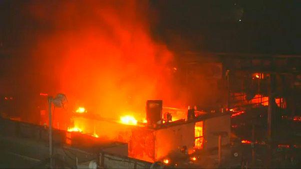 At least 12 dead in Mumbai blaze