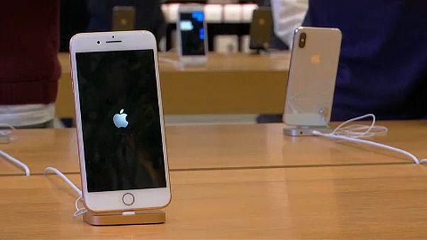 Bocsánatot kért az Apple, amiért lassította az iPhone-okat
