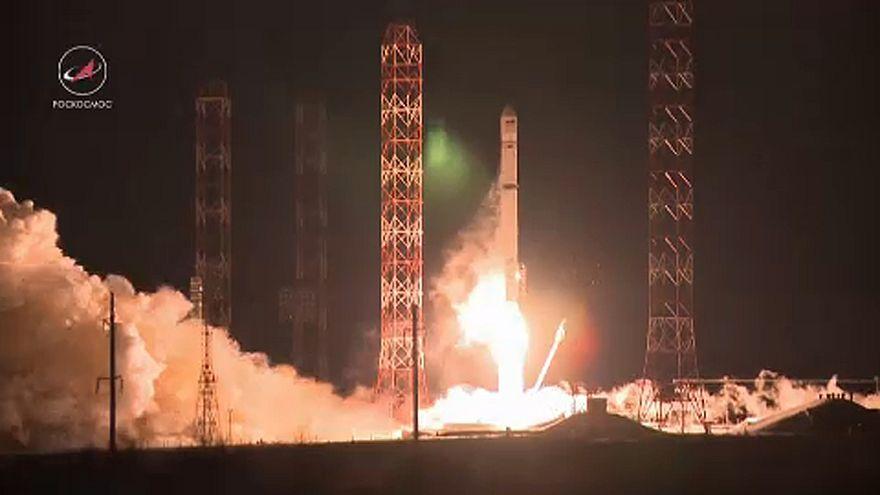 Angosat-1 dá sinal de vida à Rússia