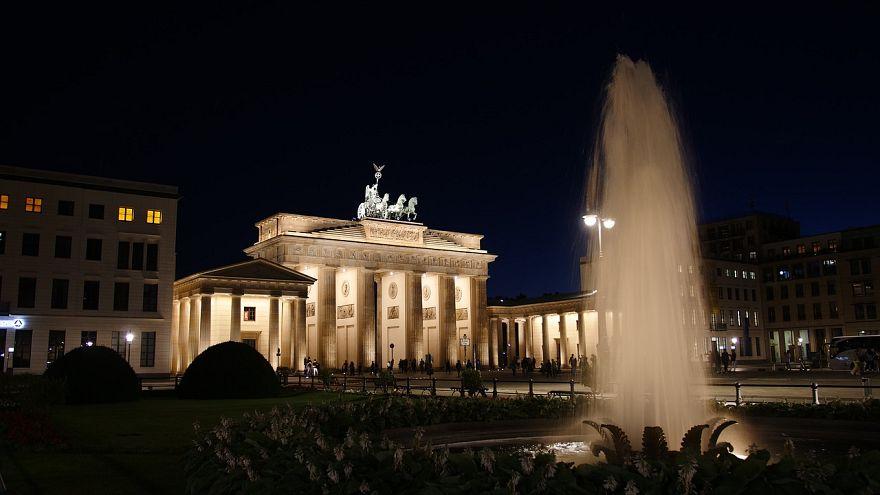 """Silvestermeile in Berlin erstmals mit """"Schutzzone für Frauen"""""""