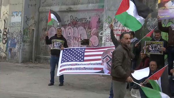 Cisgiordania: venerdì di preghiera per Gerusalemme con scontri. Razzi da Gaza