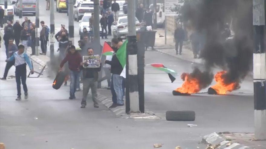 Mais de meia centena de palestinianos feridos em dia de cólera