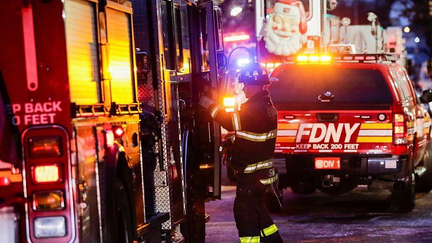 New York: Dreijähriger verursachte tödlichen Wohnhausbrand
