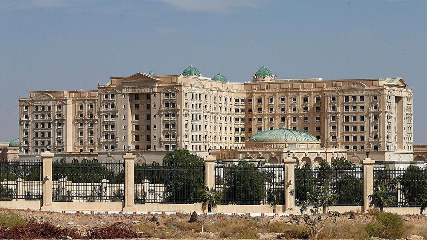 فندق ريتز كارلتون في العاصمة الرياض