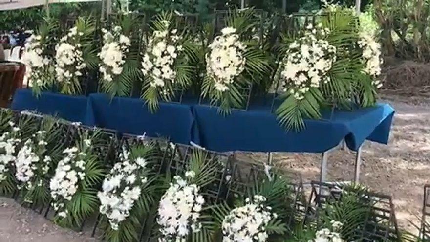 خلال الذكرى السنوية لتسونامي في تايلاند