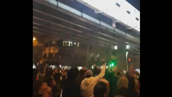 اعتراضات شبانه در شهرهای ایران؛ دو نفر در لرستان کشته شدند