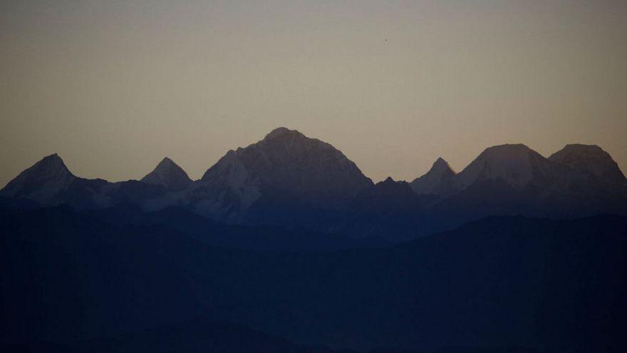 Nepal'den dağcılara kötü haber