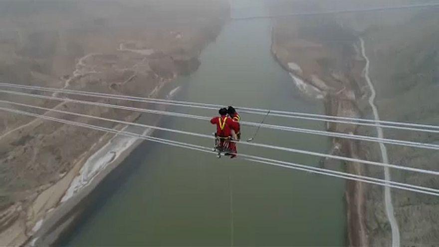 Kínai a világ legmagasabb feszültségű villanyvezetéke