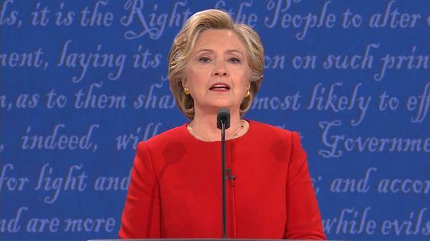 Emails de Clinton no centro de nova polémica