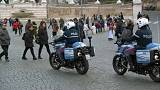 Avrupa'da yeni yıl kutlamaları: Şehir meydanlarında olağanüstü önlemler