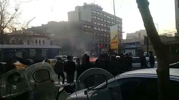 Σε κλοιό διαδηλώσεων το Ιράν