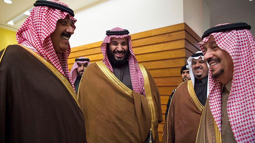 ولي العهد السعودي الأمير محمد بن سلمان والأمير متعب بن عبدالله