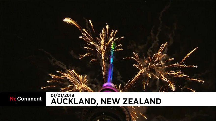 """In Nuova Zelanda è già 2018. """"Bruciata"""" l'Australia"""