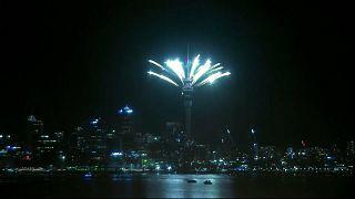 Yeni Zelanda yeni yıla coşkulu girdi