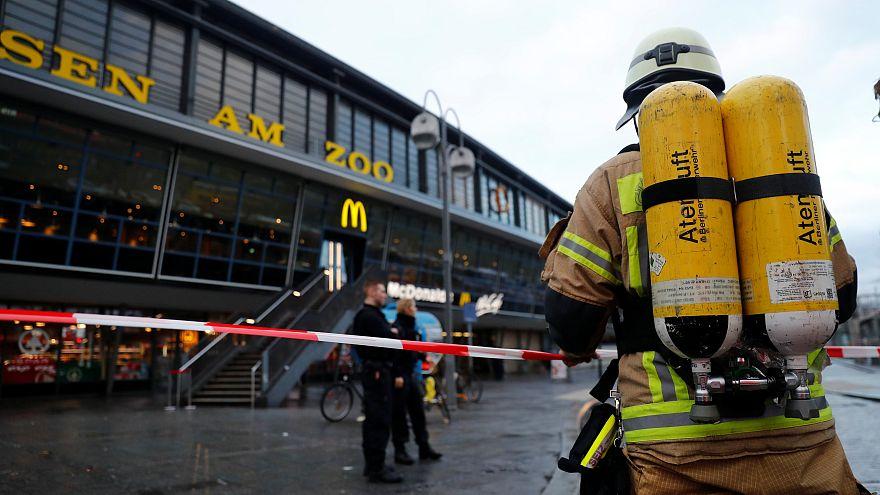 Berlin: Bahnhof Zoo nach Feuer evakuiert